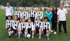 La squadra della Femminile Juventus, Under 12, negli Esordienti Misti a Dogliani