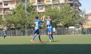 L'esultanza di Pietro Savoldelli e Matteo Grosso in Alpignano-Bsr All Stars