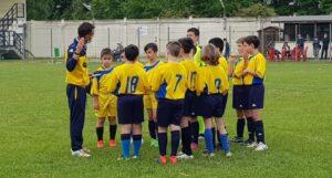 Ivan Amati e i suoi ragazzi durante un briefing pre-partita